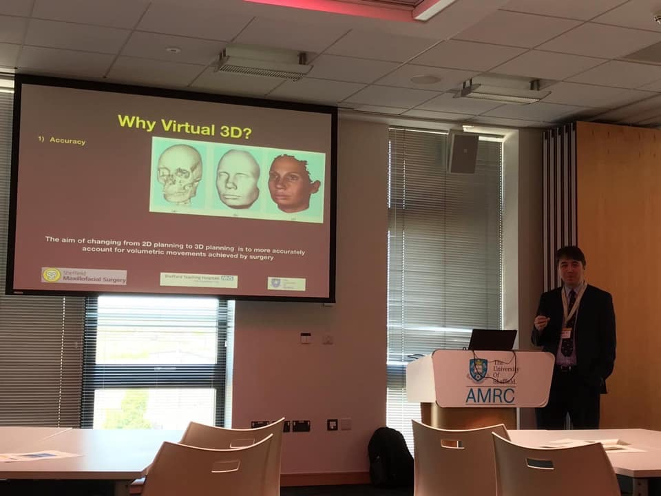 Mr Lee presents a virtual operating theatre as part of AMRC's Digital Theatre Event.